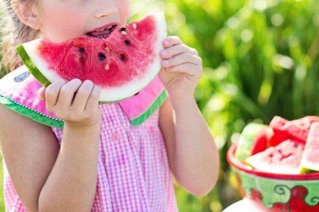 healthy eating kids eating vegetables